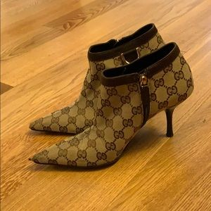 Authentic Gucci booties w/ dust bag